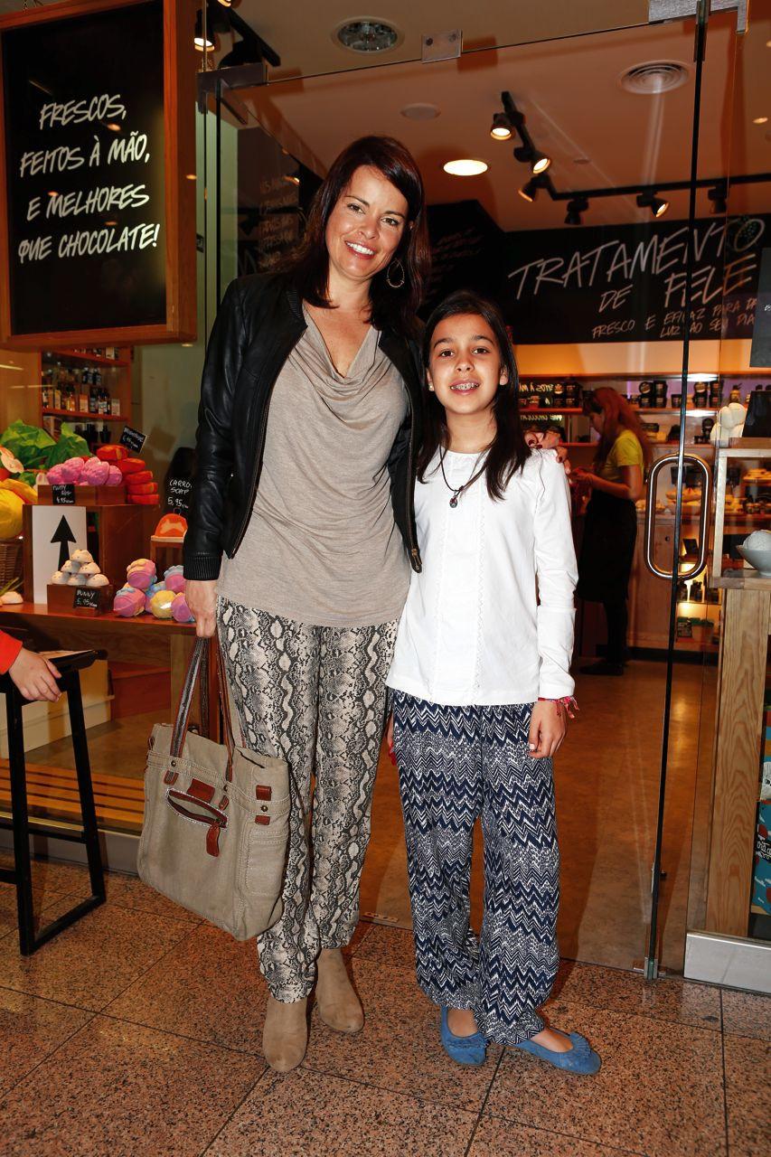 Raquel Rocheta com a filha.jpg