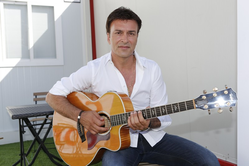 53-3 Tony Carreira.jpg