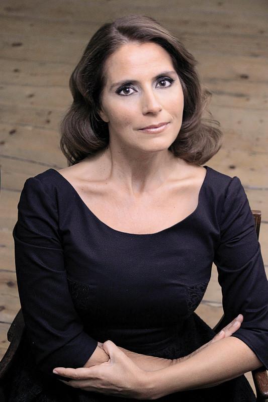 Cristina Nóbrega.jpg