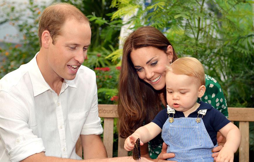 William e Kate com o filho, George.jpg