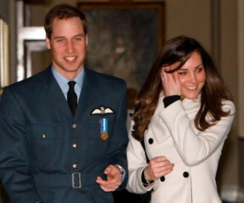 O príncipe William e a namorada, Kate Middleton