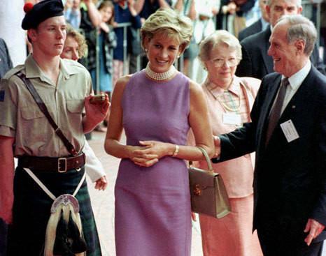 Caras | Diana, a princesa que encantava multidões