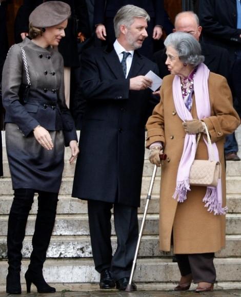 Fabíola acompanha pelos príncipes Philippe e Matilde