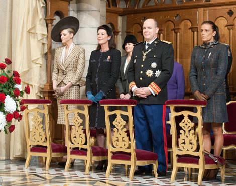 Charlene Wittstock e os príncipes Alberto, Carolina e Stéphanie