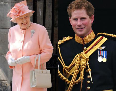 Rainha Isabel II com o príncipe Harry