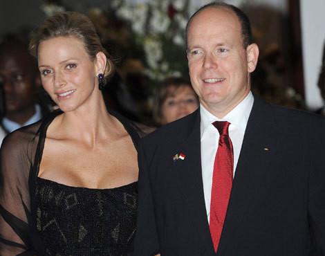 Os príncipes Charlene e Alberto do Mónaco
