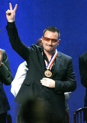 Nova Iorque presta homenagem a Bono