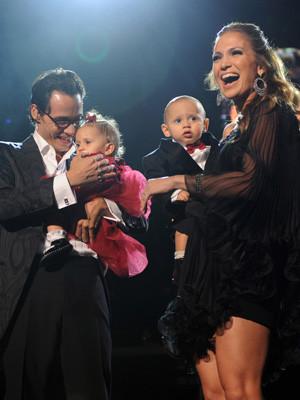 Jennifer Lopez e Marc Anthony celebram o primeiro aniversário dos filhos