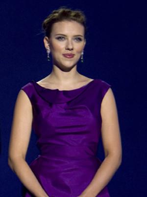 Scarlett Johansson fala pela primeira vez sobre o seu casamento