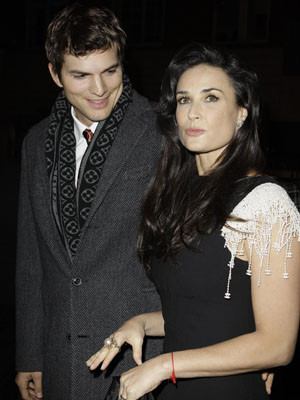 Demi Moore e Ashton Kutcher protagonistas de uma bela história de amor