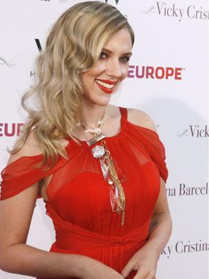 Scarlett Johansson revela o desejo de ser mãe