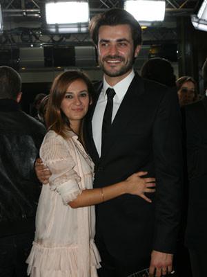 Albano Jerónimo e Cláudia Chéu já usam aliança