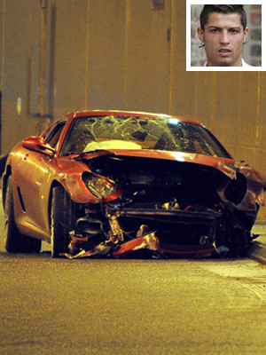 Cristiano Ronaldo sofreu um acidente de carro