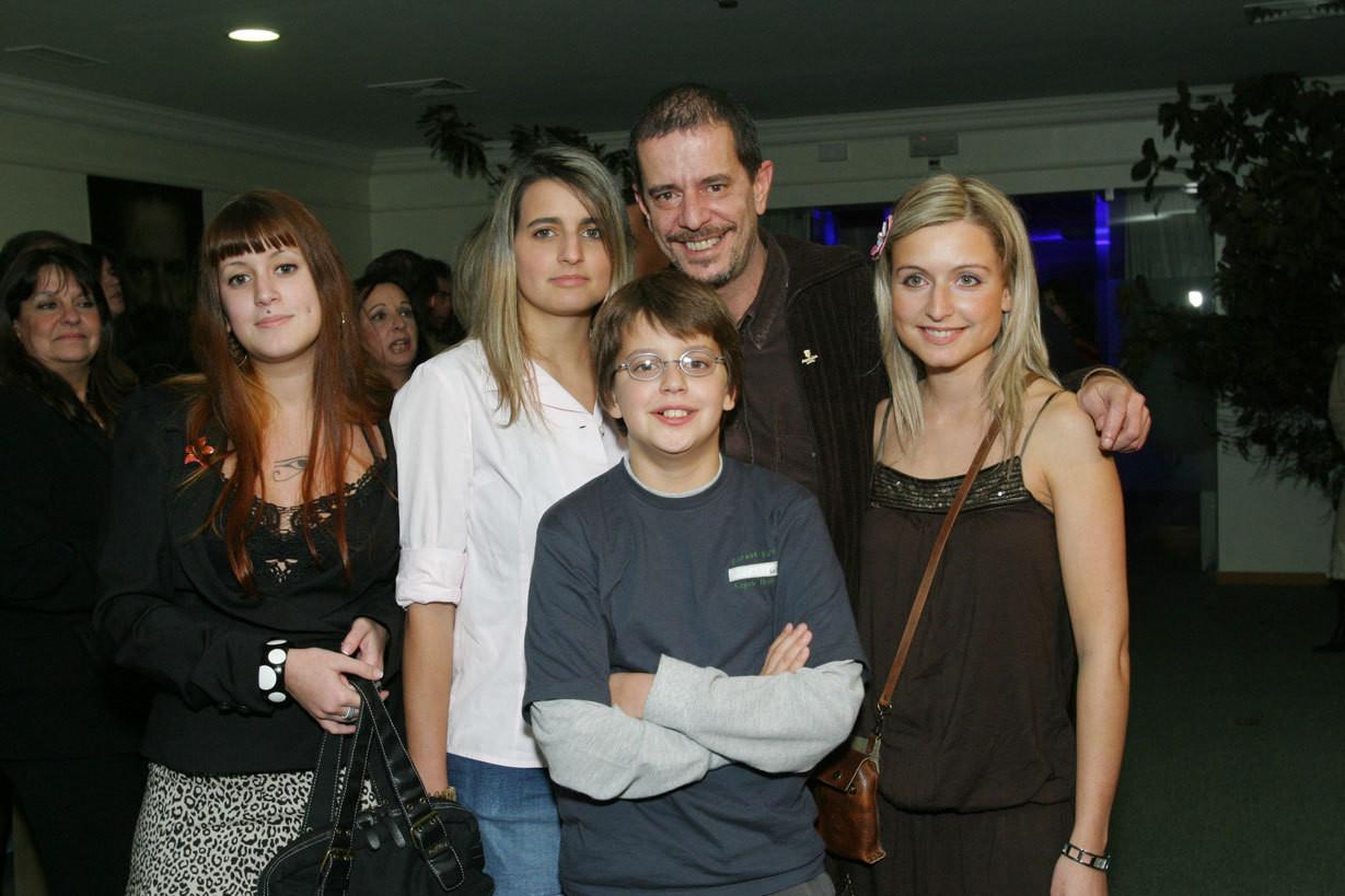 António Feio com os quatro filhos: Sara, Catarina, Filipe e Bárbara