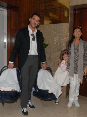 Sónia Araújo e os gémeos já saíram do hospital
