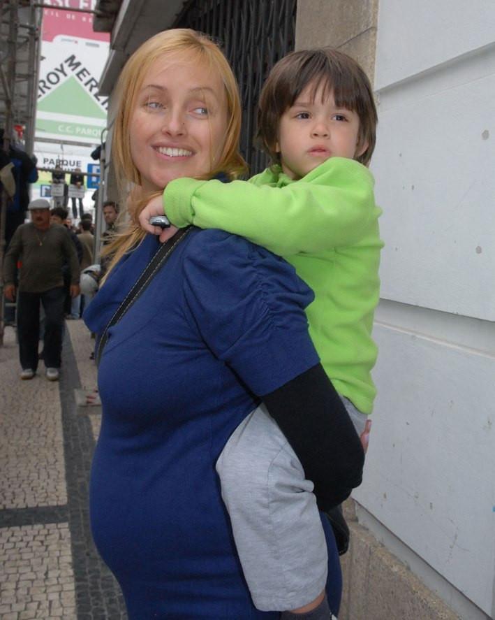 Marisa Cruz e o filho, João