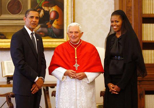 Barack e Michelle Obama com o Papa Bento XVI