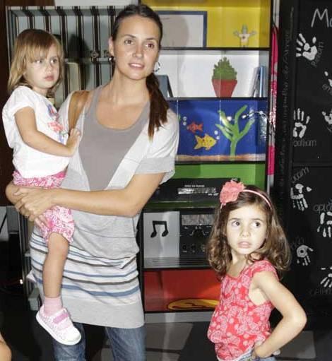 Anna Westerlund com as filhas