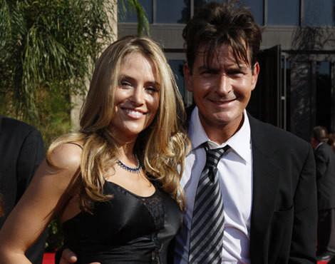 Brooke Muelller e Charlie Sheen