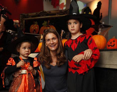 Patrícia Pires de Lima com as filhas