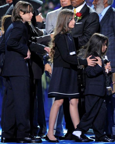 Os filhos de Michael Jackson, Prince Michael I, Paris Katherine e Blanket