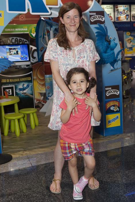 Julie Sergeant com a filha, Maria Rita