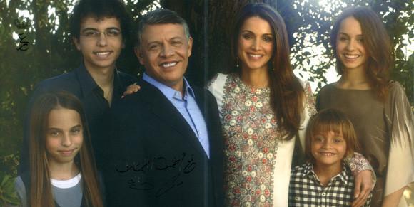 posado-familia-jordania--a.jpg