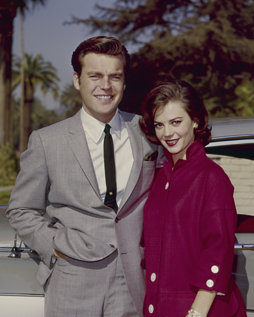 Robert Wagner e Natalie Wood American actors Natalie Wood and Robert Wagner, circa 1960.  (Photo by Silver Screen Collection/Getty Images)